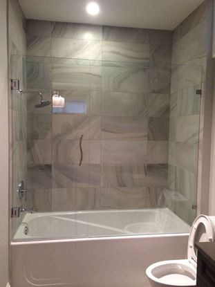 10mm Frameless Tub Door